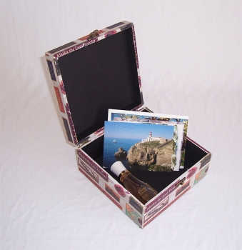 asia art factory 521 massivholz box mit leinenoptik schatzkiste holzkiste holzbox ca 21x21x11 cm. Black Bedroom Furniture Sets. Home Design Ideas